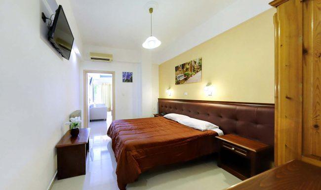 gouvia hotel family room 01