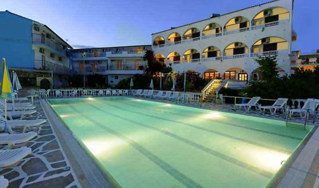 gouvia hotel pool 01
