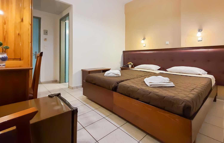 gouvia hotel double room 03